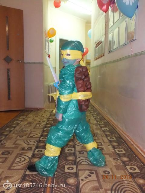 Новогодние костюмы из бросового материала своими руками