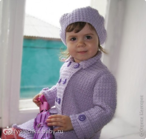 Двубортное пальто для девочки
