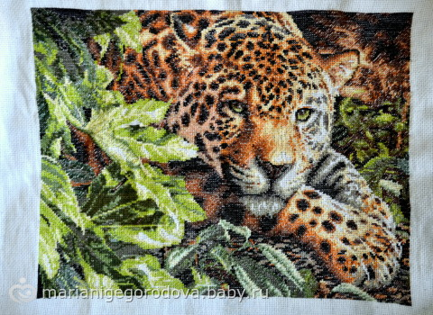 """Вышивка """"Леопард на отдыхе""""."""