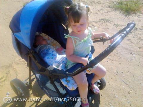 Можно ли сажать ребенка в прогулочную коляску если он не сидит 42