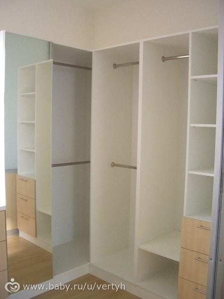 шкафы в углах комнаты фото