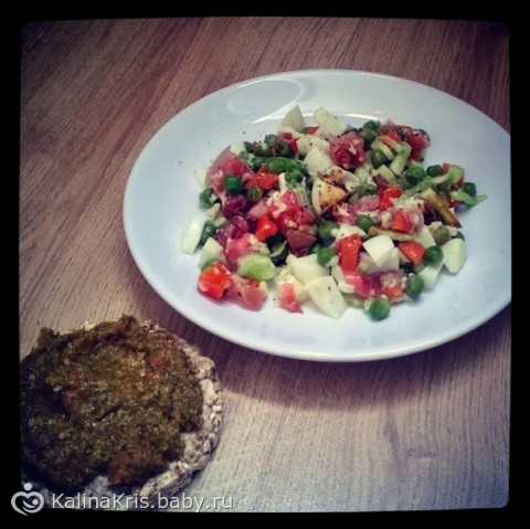 рецепты салатов из курицы с кальмарами с фото