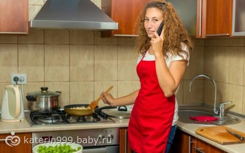 порно фото с женой на кухне