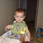 Маленький обжора)))
