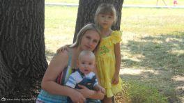 я с любимым сыночком и племянницей